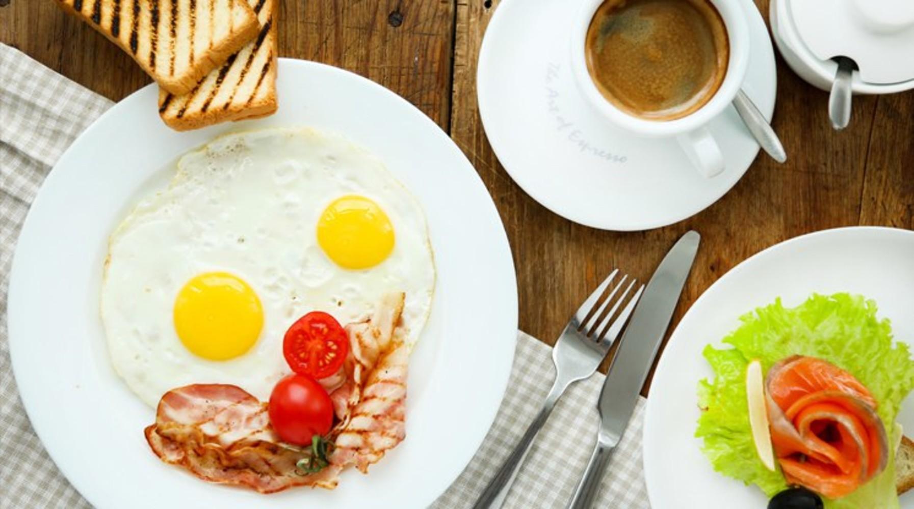 Завтрак в гостинице Лермонтов отель